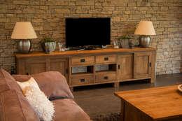 Teakhouten TV-meubel: landelijke Woonkamer door Teak & Wood