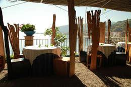 Bosco: Ingresso, Corridoio & Scale in stile in stile Eclettico di pyka-leone