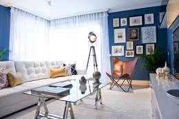 www.rocio-olmo.com: akdeniz tarzı tarz Oturma Odası