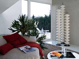 moderner Flur, Diele & Treppenhaus von Varela  Design