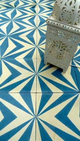 Pareti & Pavimenti in stile in stile Mediterraneo di Maria Starling Design