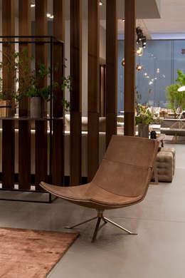 Industrial design - Doimo sofas - Lounge:  in stile  di IMAGO DESIGN