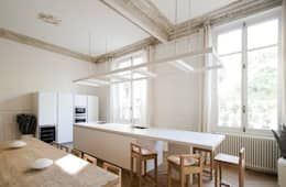 Appartement Luxembourg. Cuisine: Cuisine de style de style Moderne par FELD Architecture