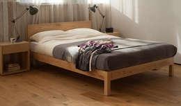 skandinavische Schlafzimmer von We make a range of solid wooden beds, bedroom furniture and bedding.