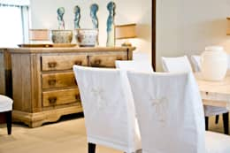Residencia Beira mar: Sala de jantar  por Renato Teles Arquitetura