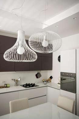 casa MS_SM: Cucina in stile in stile Moderno di msplus architettura
