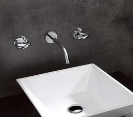 Salle de bain de style de style Moderne par THG Paris (Deutschland GmbH)