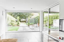 modern Living room by ONE!CONTACT - Planungsbüro GmbH
