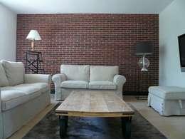 Restructuration et décoration d'un appartement de 90m² dans les Yvelines : Le salon: Cuisine de style de style Industriel par Delphine Gaillard Decoration