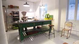 Make sense studio: eklektik tarz tarz Oturma Odası