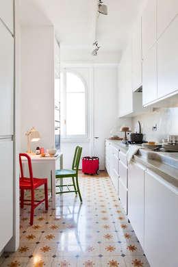 modern Kitchen by Studio Cassiani