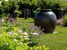 Pléneuf Val André: Jardin de style de style Classique par Landscapes & Cie