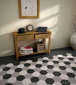 Corridor & hallway by Equipe Ceramicas