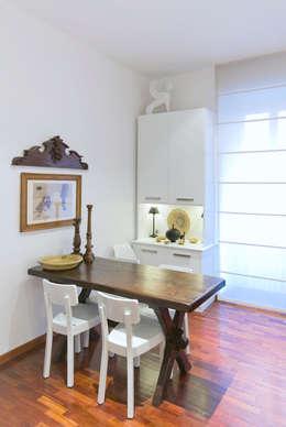 Top roma prati sala da pranzo in stile in stile classico for Arredare con mobili antichi e moderni