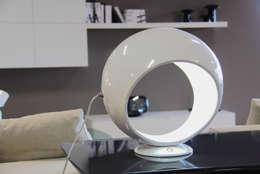 Sala de estar  por Luca Centofante Design Studio