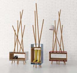 Agata: Ingresso, Corridoio & Scale in stile in stile Eclettico di Officina41 Design Group