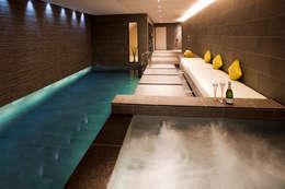 Piscines  de style  par London Swimming Pool Company