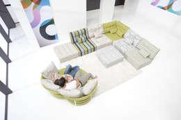 Sala de estar  por Casasola Decor