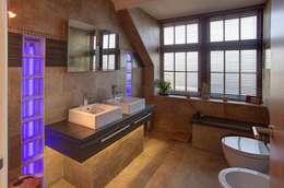 Baños de estilo asiático por 2A Design