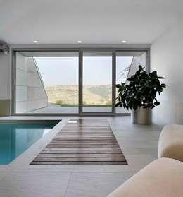 Casa Visiera: Spa in stile in stile Moderno di ARCHICURA