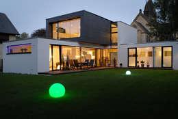 Casas de estilo moderno por Architekten Spiekermann