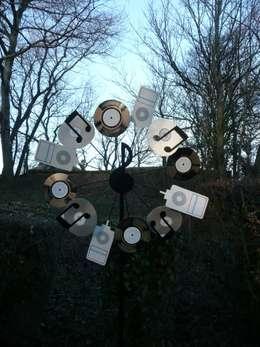 rustikaler Garten von Fabbedfx