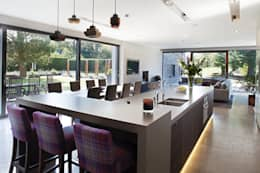 modern Kitchen by Des Ewing Residential Architects