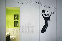 ausgefallene Wohnzimmer von Ametrica & Interior, S.L.