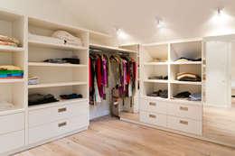 rustic Dressing room by Ardesia Design