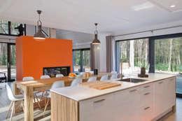 Maison ossature bois: Cuisine de style de style Moderne par blackStones