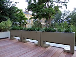 Roof terrace bespoke planters : modern Garden by MyLandscapes Garden Design