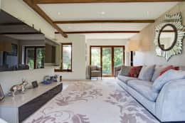 eclectic Living room by Stunning Spaces Ltd