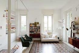 Living room by Elena e Francesco Colorni Architetti