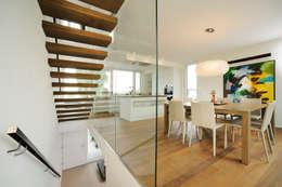 Projekty,  Korytarz, przedpokój zaprojektowane przez Spaett Architekten GmbH