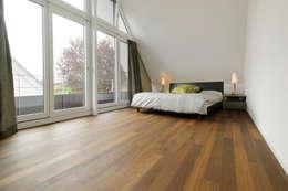 Projekty,  Sypialnia zaprojektowane przez Spaett Architekten GmbH