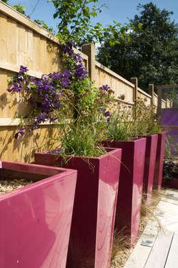 moderner Garten von Earth Designs