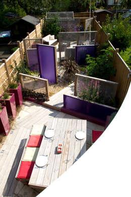 modern Garden by Earth Designs