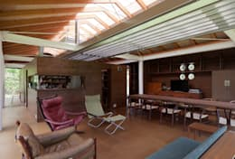 Гостиная в . Автор – H2O設計室 ( H2O Architectural design office )