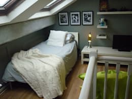 Camera da letto in stile in stile Moderno di The Interior Design Studio