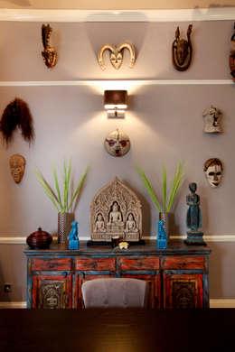 Asiatische Wohnzimmer Von Studio D. Interiors