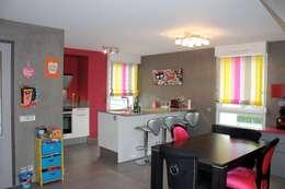 Cuisine: Salle à manger de style de style Moderne par Agence ADI-HOME