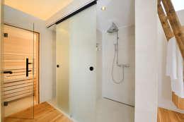 Baños de estilo  por Bau-Fritz GmbH & Co. KG