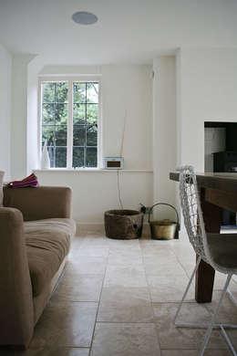 Walls & flooring تنفيذ Seymour-Smith Architects