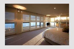 Chambre de style  par Future Light Design