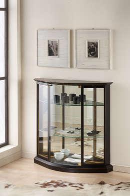 tra classico e moderno: la vetrinetta per la casa contemporanea - Vetrina Contemporanea Soggiorno