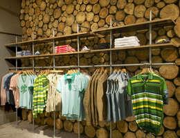 Espaces commerciaux de style  par NRN Design
