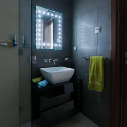 Ванные комнаты в . Автор – Cheryl Tarbuck Design
