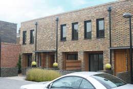 modern Houses by Studiodare Architects