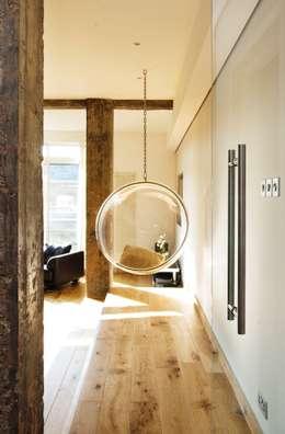 Matteo Bianchi Studio: modern tarz Oturma Odası