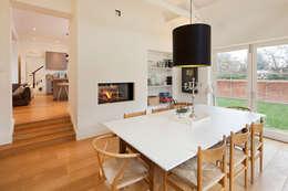 Salle à manger de style de style Classique par Riach Architects